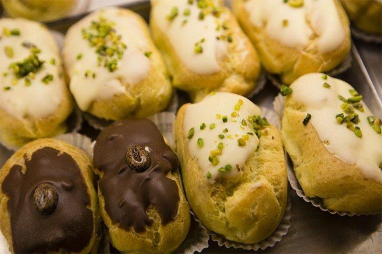 pasticcini con crema di pistacchio