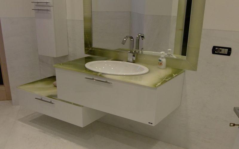 Piano bagno in marmo