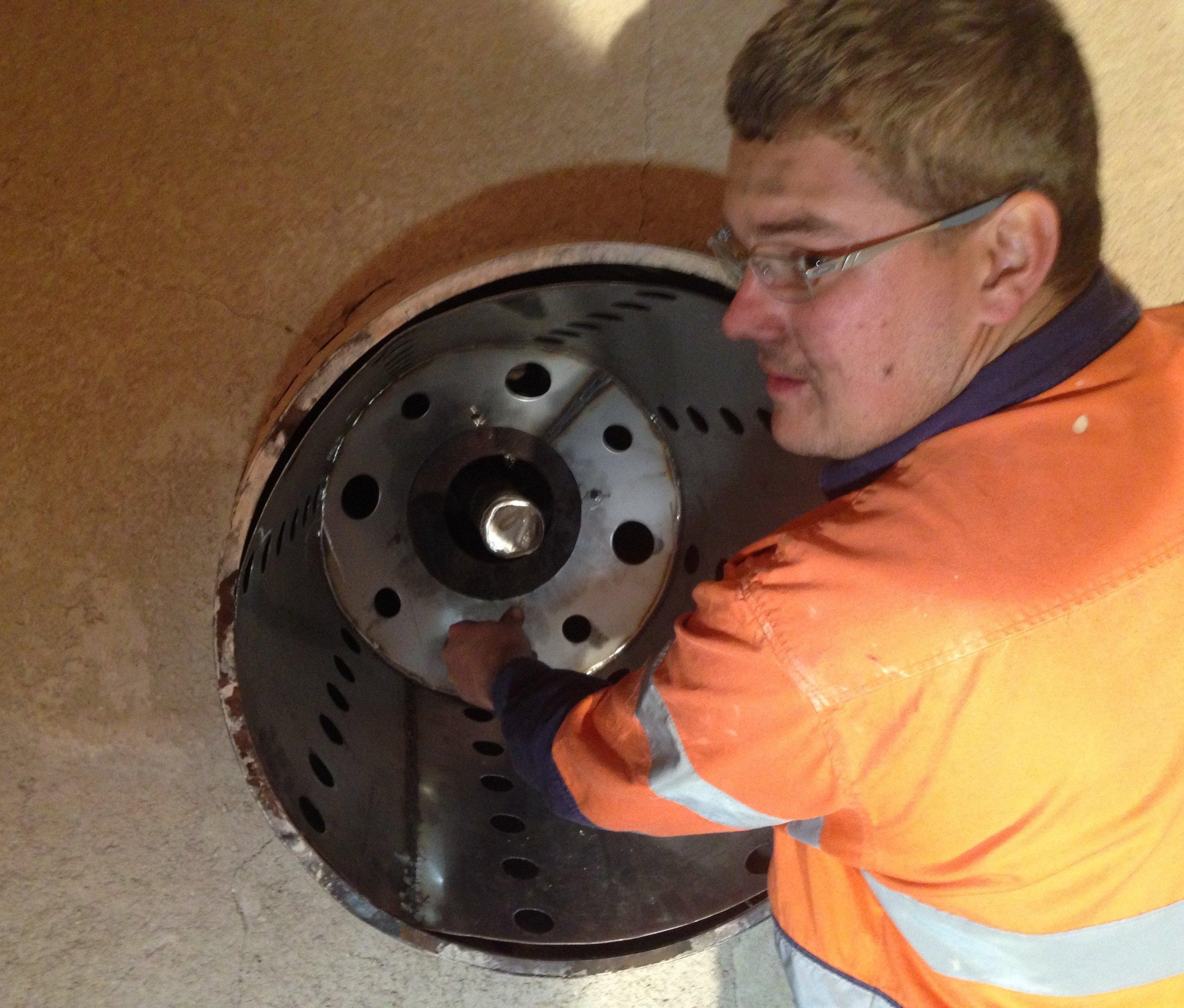 Servicing of a 9000mj/h Gas Burner
