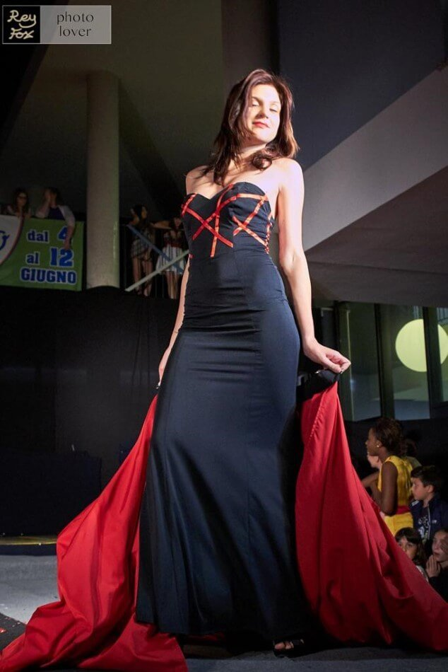 Elegante capo di moda nero