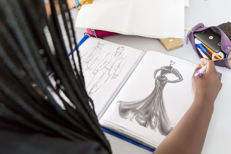 Disegna capo di moda Scuola Silv