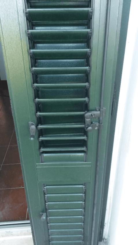 Persiana orientabile pvc finitura verde