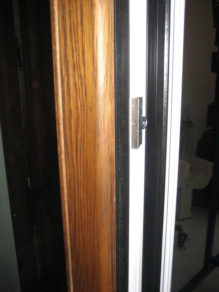 particolare alluminio legno Ponzio