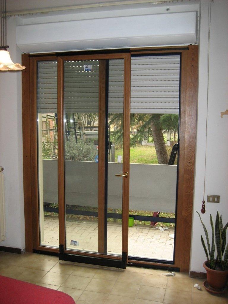 finestra ribalta e scorri alluminio legno