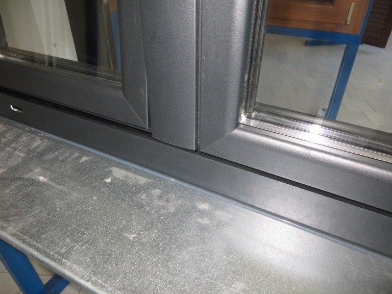 Battente finestra alluminio dettaglio esterno