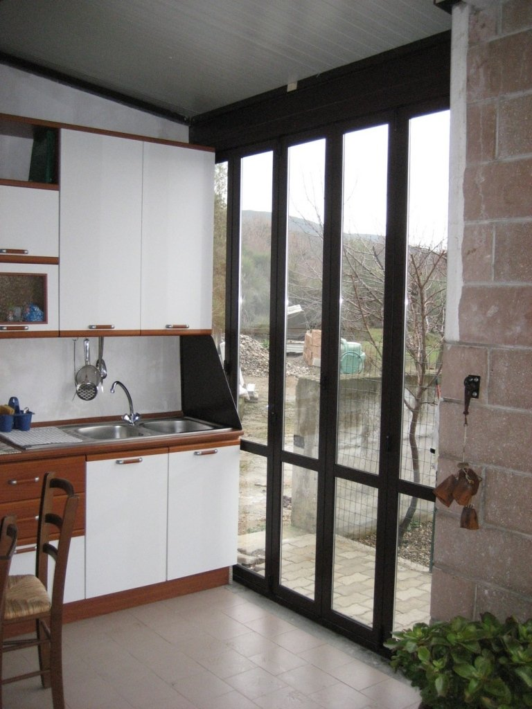 interno veranda alluminio non cubabile