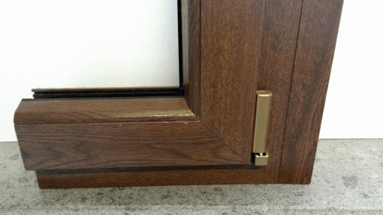 Dettaglio angolo interno linea STANDARD con accessori bronzo
