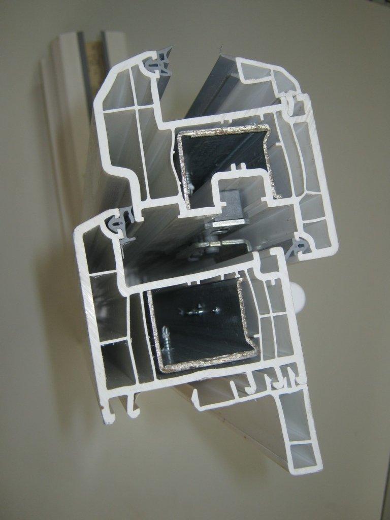 taglio sezione pvc finestra 5camere