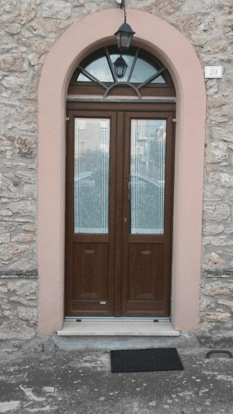 ingresso ad arco di sicurezza portone pvc Terni Viterbo Orvieto Amelia