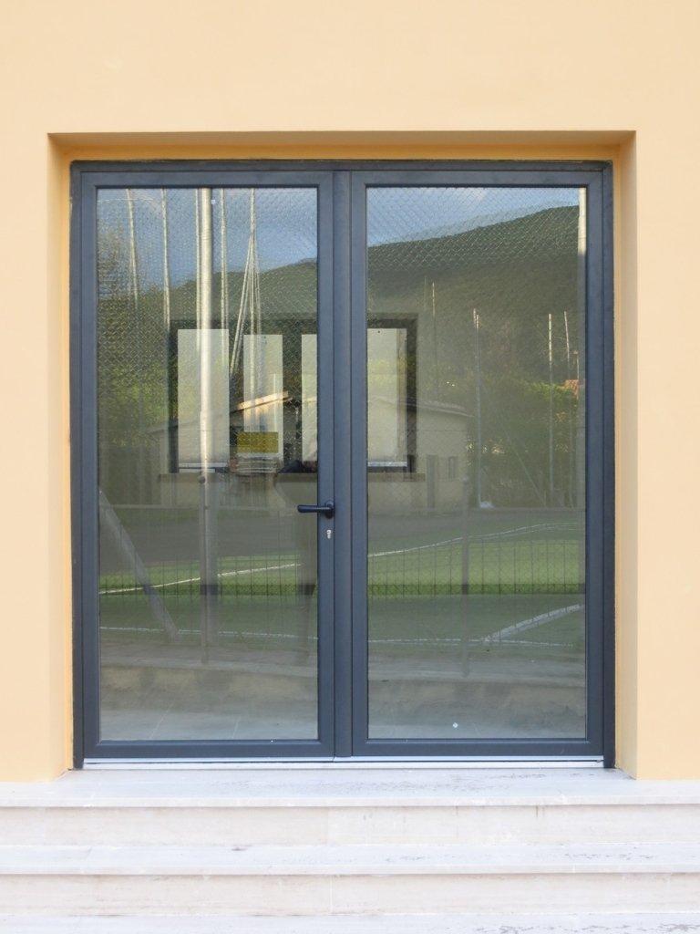 porta vetro e alluminio