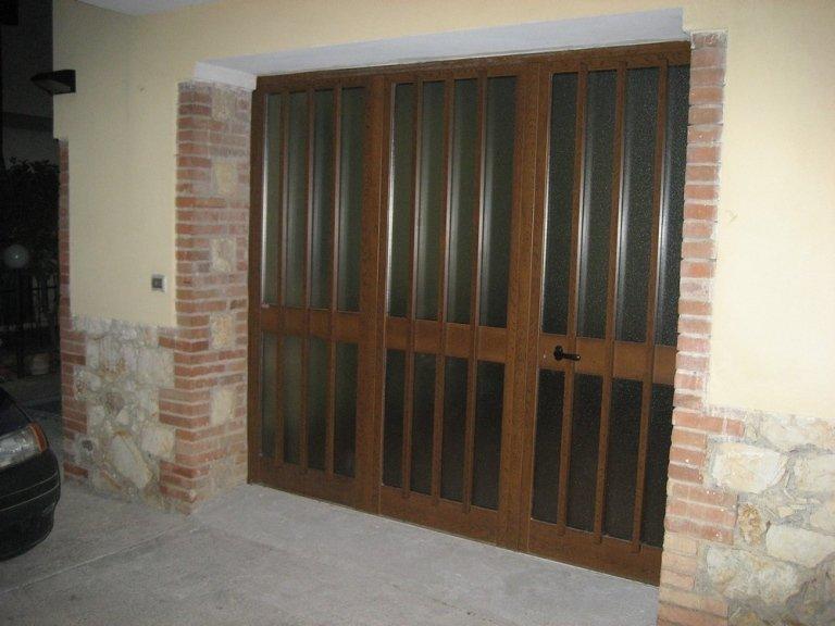 Portone alluminio vista esterna