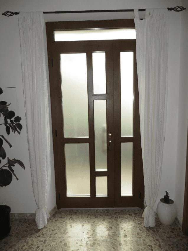 portone vetrato con vetro antisfondamento