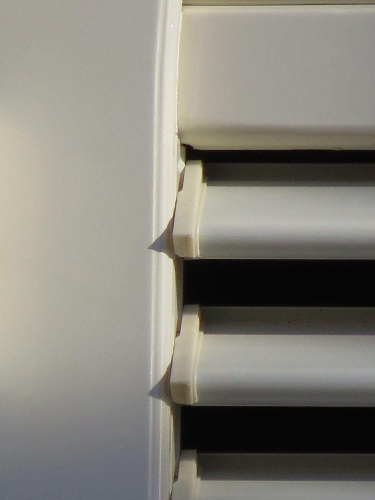 movimentazione lamelle per persiane alluminioNaco in tinta