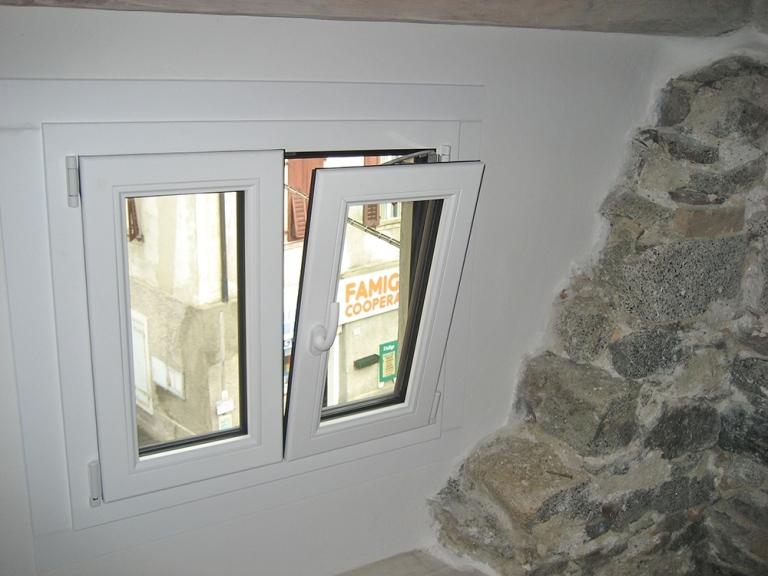 finestra interna alluminio legno ponzio