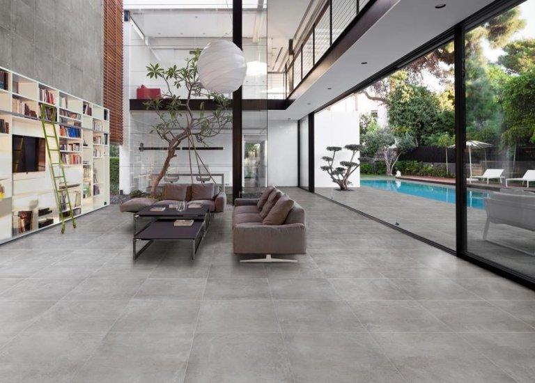 soggiorno in stile moderno con piscina all'aperto