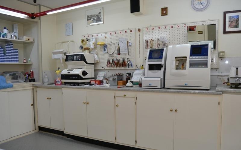 laboratorio ottico