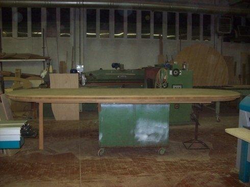 lavorazione tavolo ovale