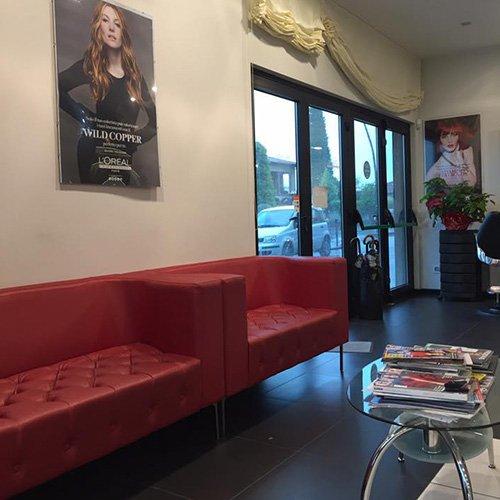 Interno del salone di Franco Giaquinto Parrucchieri a Lunata