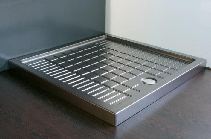 piatti doccia in metallo