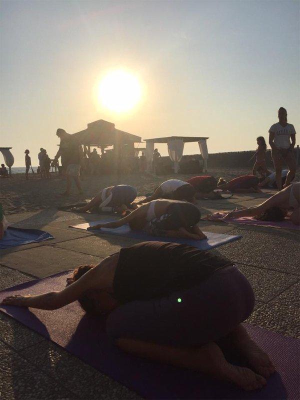 Yoga posturale all'aperto a Roma