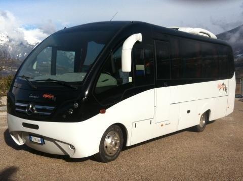 autonoleggio bus