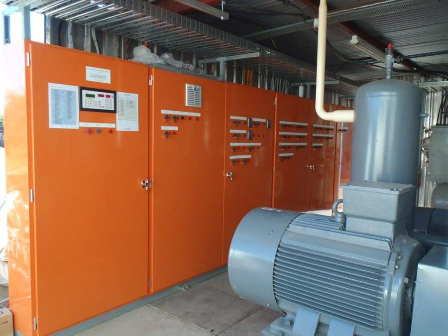 boumbis orchards cold room upgrade with orange containers