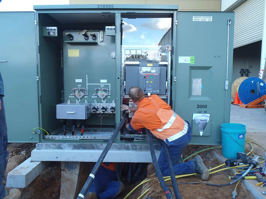 bonnett's electrical electrician working at radevski cold room