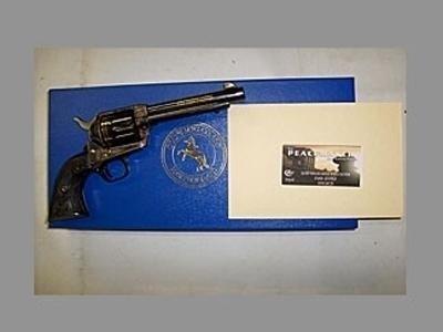 revolver nuovo Colt