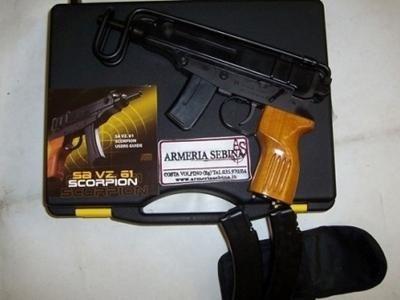 pistole semiautomatiche CSA