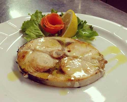 una bistecca di pesce