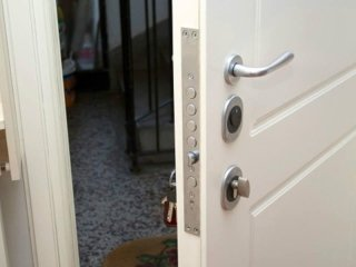 Porte blindate e porte interne misterbianco catania - Porte blindate catania ...