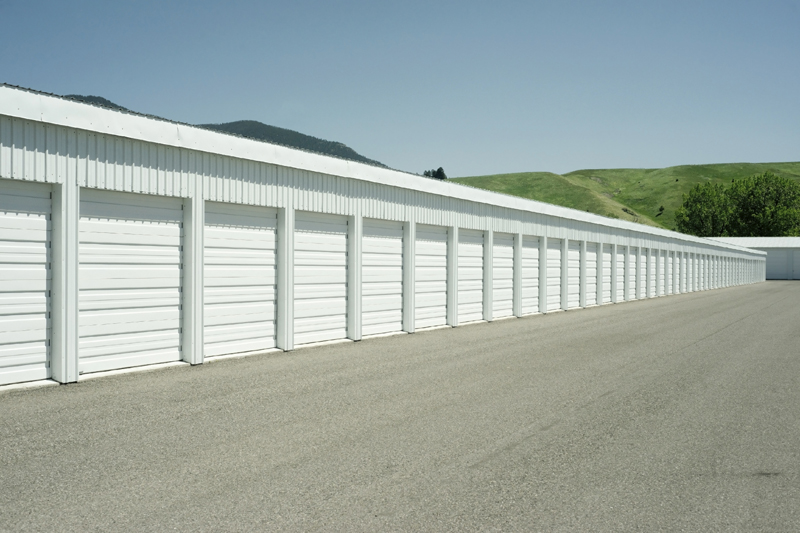 + SMALL BUSINESS OWNERS LOVE OUR MINI STORAGE WAREHOUSES