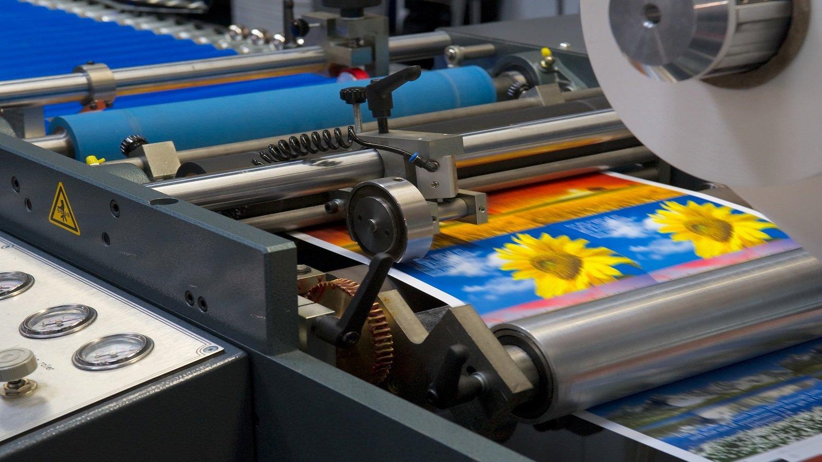 Macchina stampando