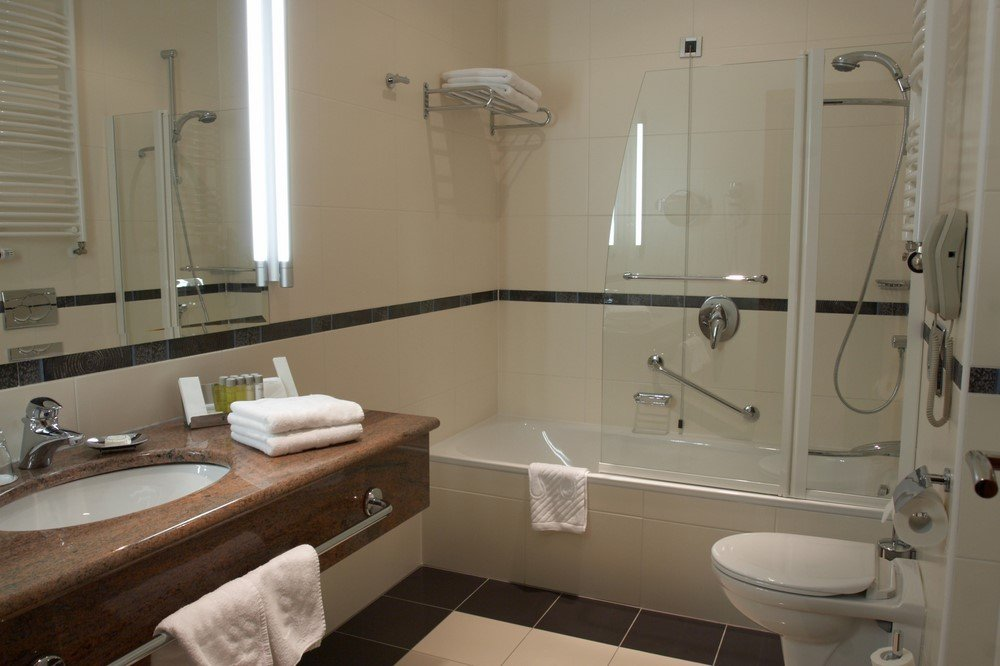 Bathroom Remodeling for the Quad Cities, Peoria ...