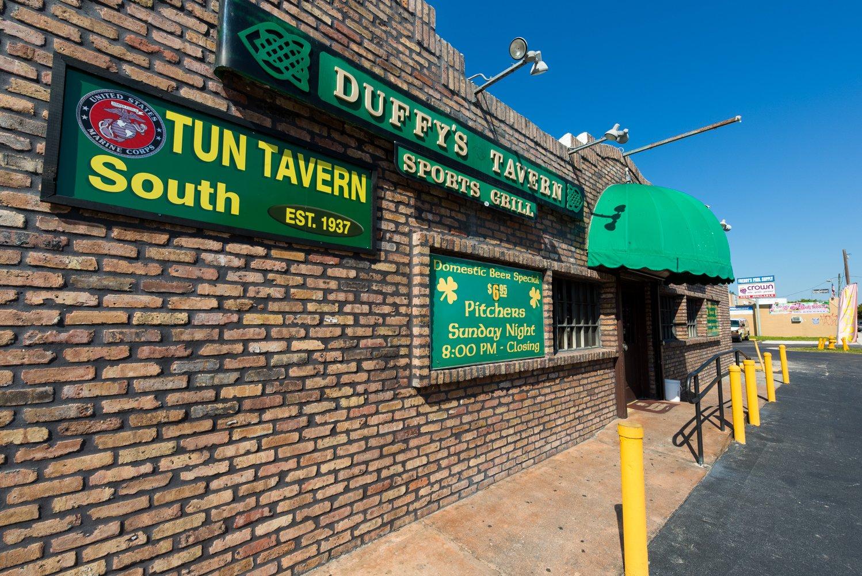 Duffy's Tavern Miami exterior