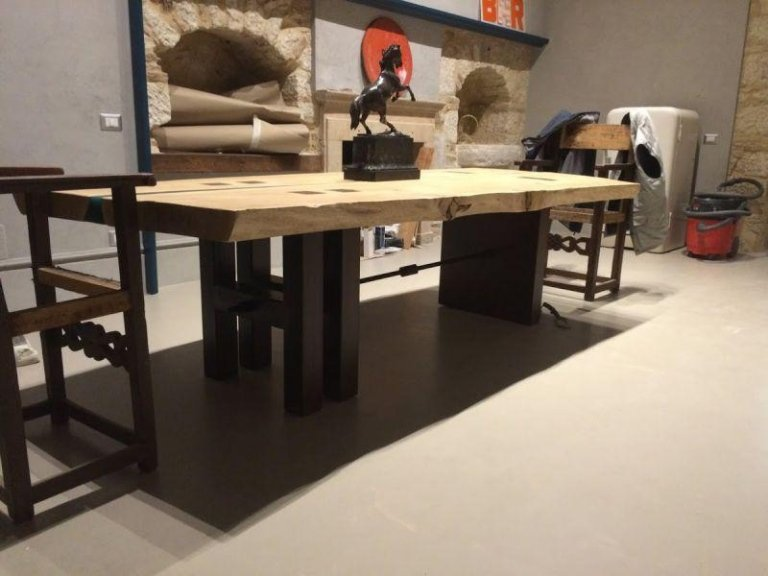 tavolo metallo campobasso