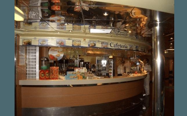 Allestimento-Navi-bar