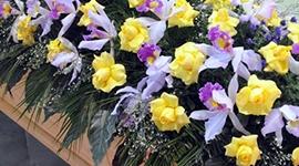 addobbi funebri, composizioni floreali funebri