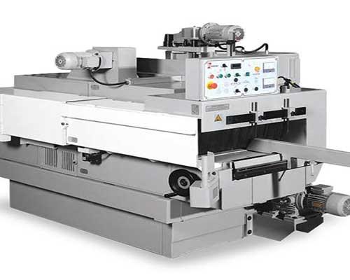 un macchinario automatico per legno