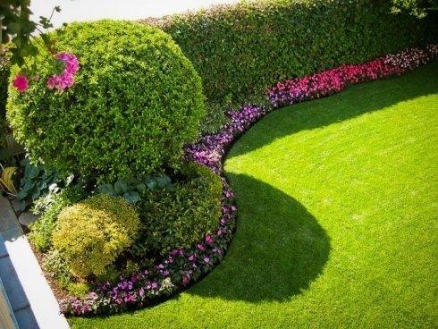 aiuole e tappeti erbosi per giardini privati