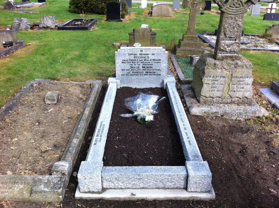 Reginald memorial