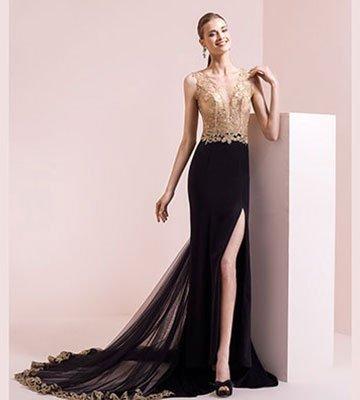 Donna in abito nero e oro