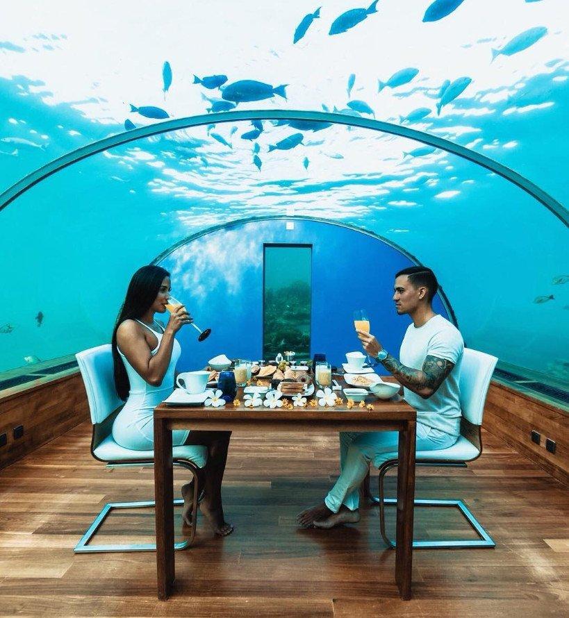 World S First Undersea Restaurant Ithaa Undersea Restaurant