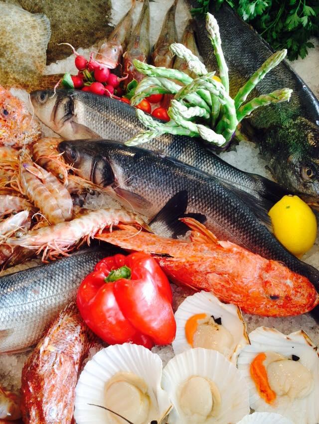 misto di pesce fresco