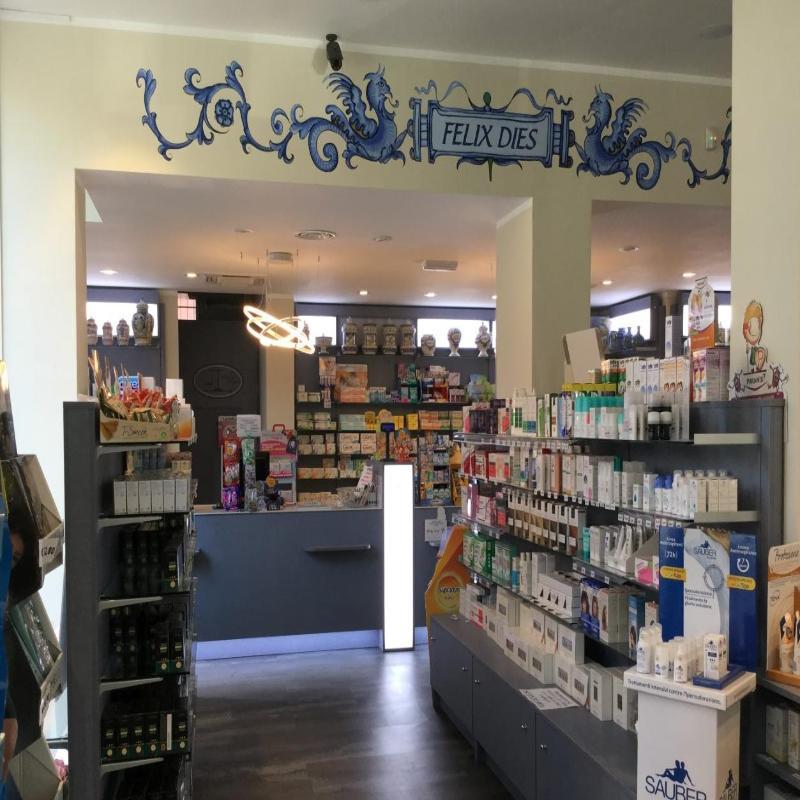 interno di una farmacia