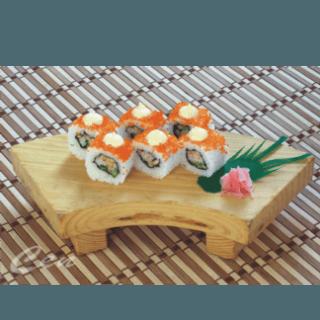 uramaki con uova di pesce volante