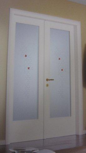 porte con vetro decorato, porte a due ante, porte interne