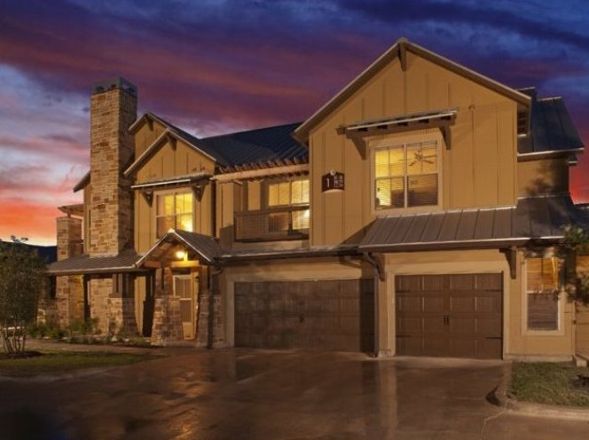 luxury apartment exterior at sundown - San Antonio TX - Apartments Today Inc.