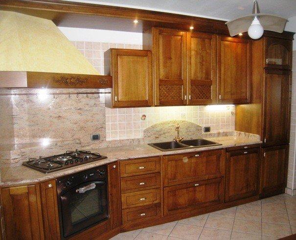 Cucine su misura verona la scaiarola d 39 oro - Laccare ante cucina ...