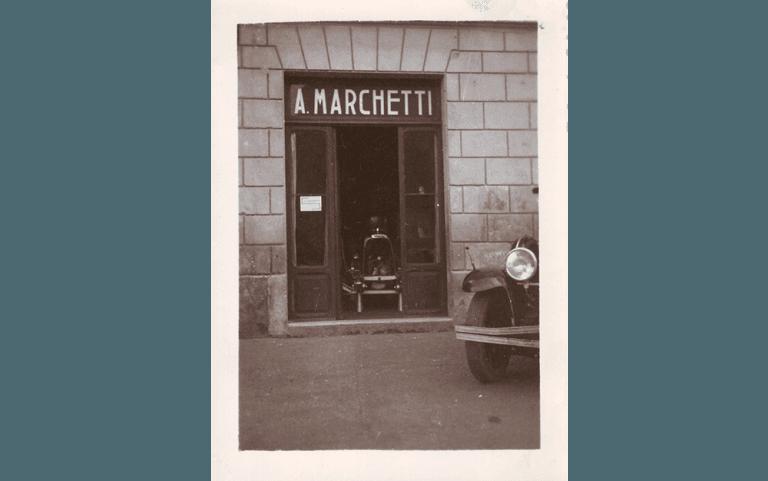 Agenzia Autoscuola Marchetti in foto storica